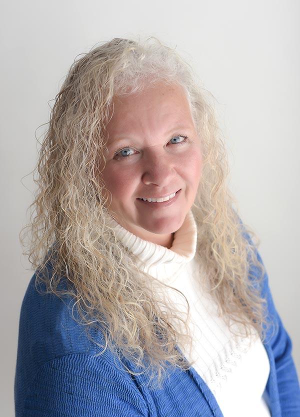 Becky Hartman Oracle Card Academy®
