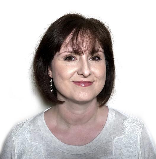 Julie Hilton Oracle Card Academy